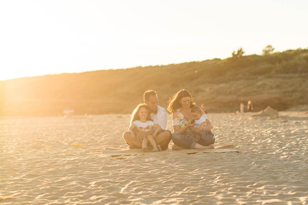famille-plage-guitare-veillons-cedric-derrien