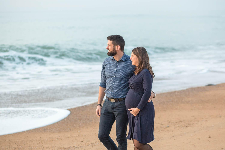 futurs parents Cindy et Aurélien à Olonne sur mer